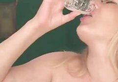 Trans Beliebtesten Pepper ' s Badewanne Blowjob free brüste